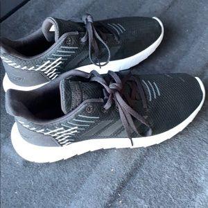 Adidas Swiftwerun Sneakers